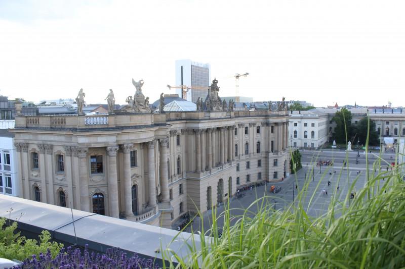 Blick von der Hotel-Dachterasse in Berlin